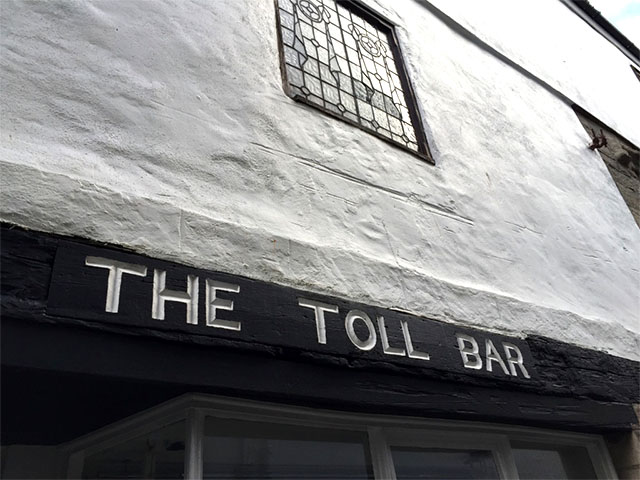 the-toll-bar